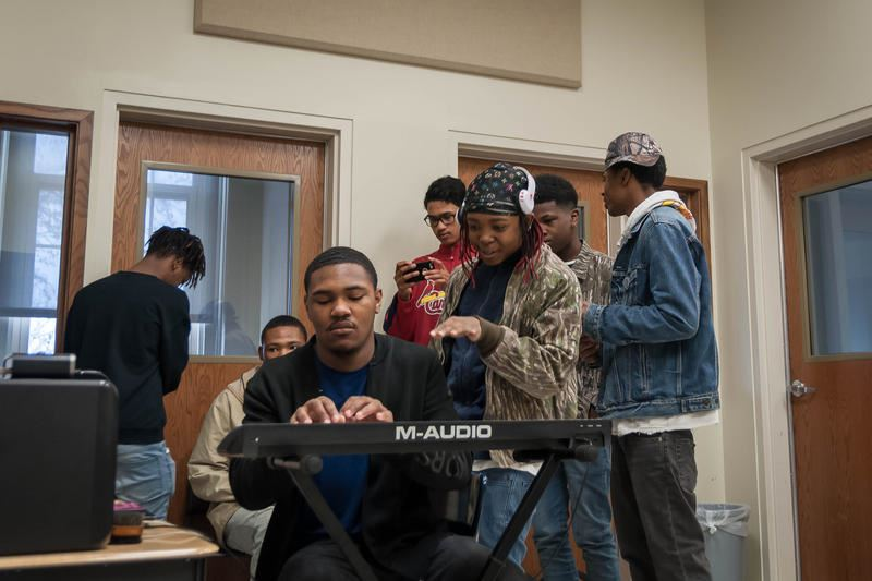 U City student freestyles his own course